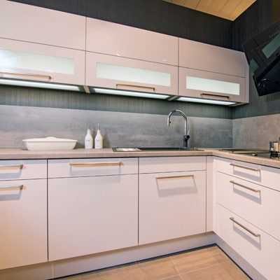 Küchengriffe - Ihr Küchenfachhändler aus Norderstedt: Küchen-Team